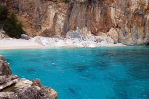 Italien, Sardinien - Bade Bucht, Steilküste am Golf von Orosei
